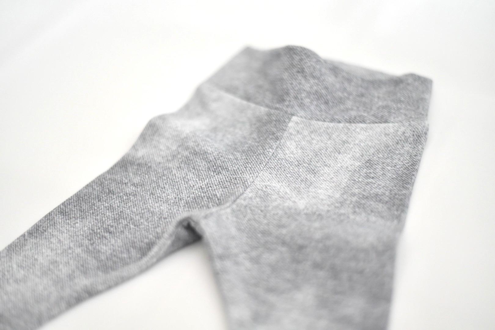 Leggings mit grauem Stoff