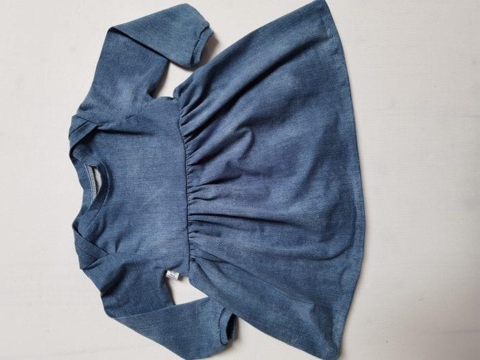 Bodykleid mit jeansfarbigem Stoff